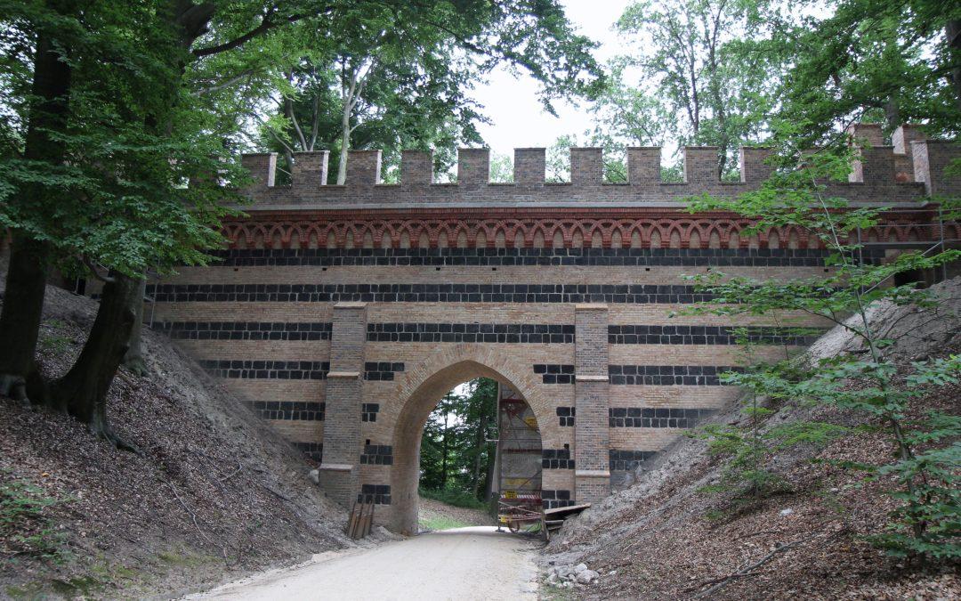 Denkmalpflegerische Instandsetzung des Viadukts. Die Arbeiten steuern auf ihr Ende zu.