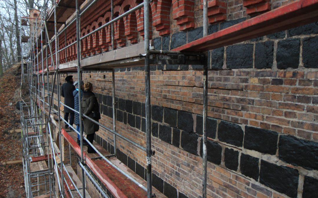 Trwają prace przy remoncie konserwatorskim Wiaduktu – stan prac w grudniu